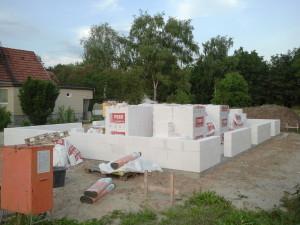 Grundmauern Straßenansicht (Bild)